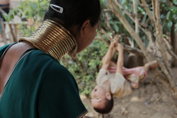 Thailand Pictures Long Neck tribe Mae Hong Son 02