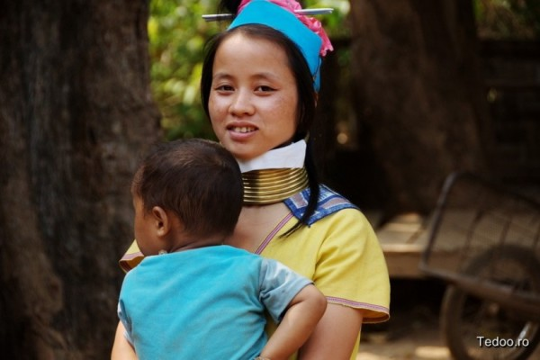 Long Neck village Mae Hong Son Thailand 5